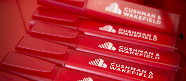 Cushman & Wakefield verzeichnet einen Zugang und zwei Abgänge.