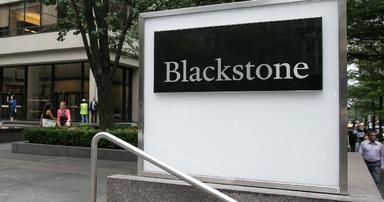 Größer ist besser: Mit Blackstone verwaltet ein Immobilienfondsmanager zum ersten Mal mehr als 200 Mrd. Euro Assets.