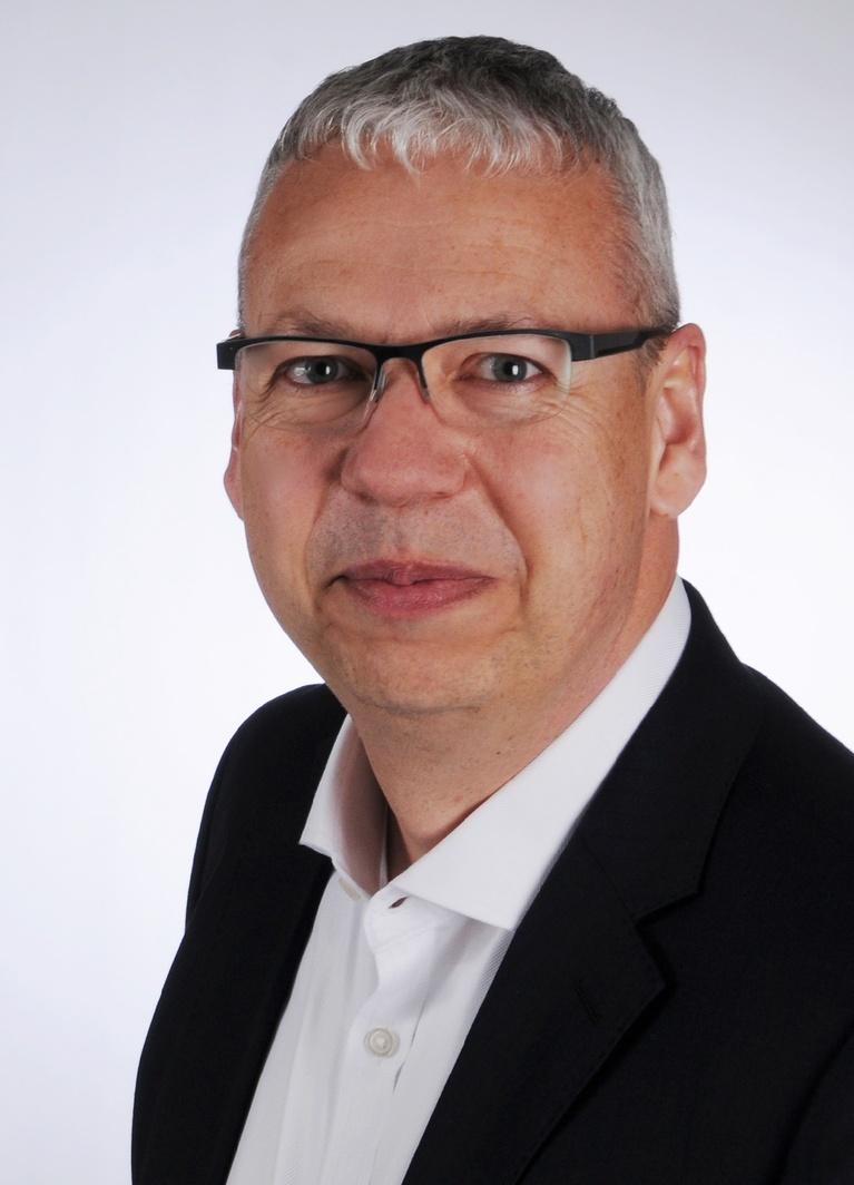 Peter Bergmann.
