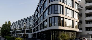 Die Münchner Unternehmensgruppe ABG entwickelt bundesweit Immobilien. Im Bild das in Köln errichtete Bürogebäude am Gustav-Heinemann-Ufer 88.