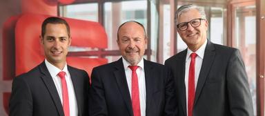 Harald Plenk (links), künftiger Geschäftsführer von S-Immofinanz, an der Seite seines Geschäftsführungskollegen Rainer Völlinger (Mitte) und seines scheidenden Vorgängers Heinz-W. Kranz.