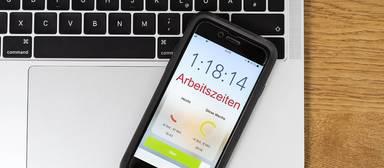 Apps erleichtern die Erfassung der Arbeitszeiten.