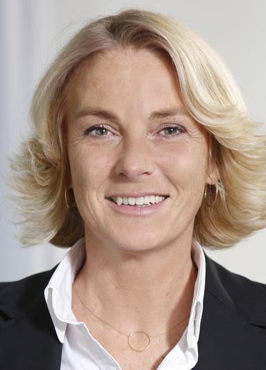 Bettina Knipfer.