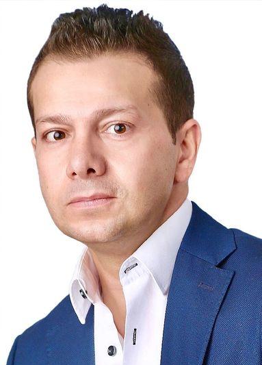Sinan Eliguel, Head of Group HR.