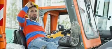 Für die Schlichtung bleiben 14 Tage Zeit. Danach endet die Friedenspflicht. Was, wenn die Bauarbeiter im Herbst die Füße hochlegen?