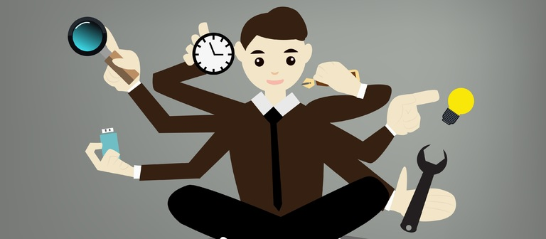 Ein Asset-Manager hat alle Hände voll zu tun. Er muss etwa Zahlen analysieren, sich mit Baumaterialien auskennen, viele Fristen beachten und das Reporting sauber umsetzen.