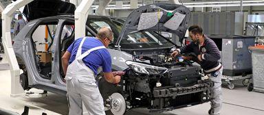 Die FM-Branche will Mitarbeiter aus der Autoindustrie gewinnen.
