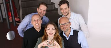 Allesamt Gesellschafter von Kunz-Schulze: Jan Kampmann und Marco Ziegler (hinten), Thomas Kunz und Roland Schulze (Mitte) sowie Karina Ilaew.
