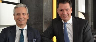 Guy Grainger im Dezember 2019 (links) an der Seite seines damaligen Deutschlandchefs Timo Tschammler.