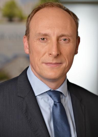 Andrew Wallis.