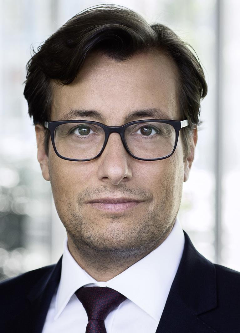 Karim Esch.