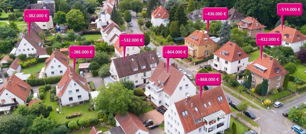 Quelle Luftaufnahme: stock.adobe.com, Urheber: Christian Schwier; Montage Preislabels: Immobilien Zeitung