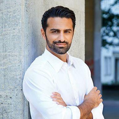 Peyvand Jafari ist verheiratet und hat zwei Söhne.