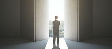 Raus aus dem Hinterzimmer: Aufsichtsräte sollen präsenter und stärker werden, fordert das ICG.