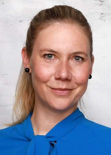 Nadja Hofmann.