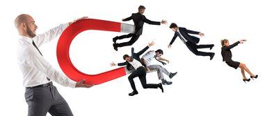 Eine starke Arbeitgebermarke zieht Talente magisch an.