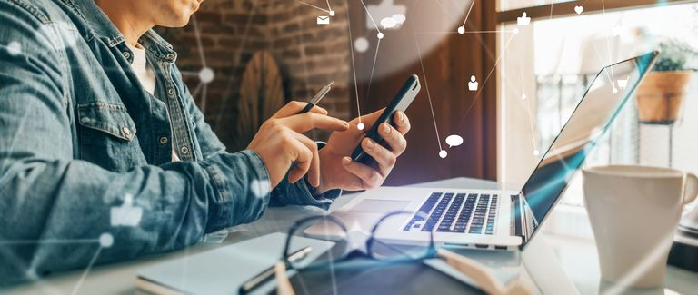 Kontakte über Social Media zu knüpfen wirkt auf den ersten Blick oft einfach, doch nicht jede Anfrage wird auch beantwortet.