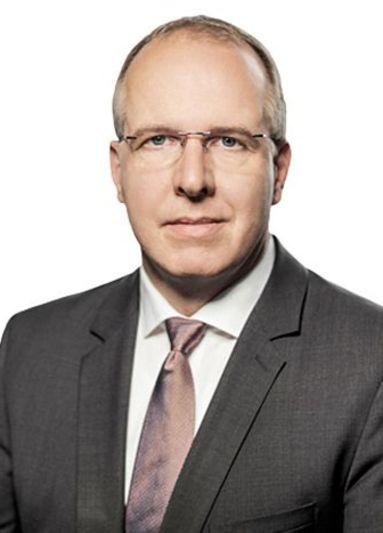 Philipp Henkels (Airef).