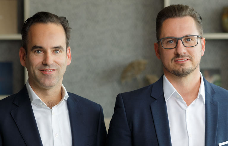 Philipp Holtschmidt (links), Ralph Dominick (rechts).