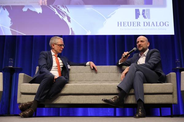 Quelle: Heuer Dialog, Urheber: Alexander Sell Fotografie